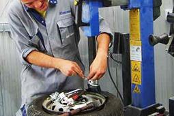 Equipement d'atelier réparation entretien dépannage maintenance
